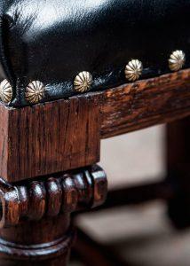 перетяжка мебели в омске на дому