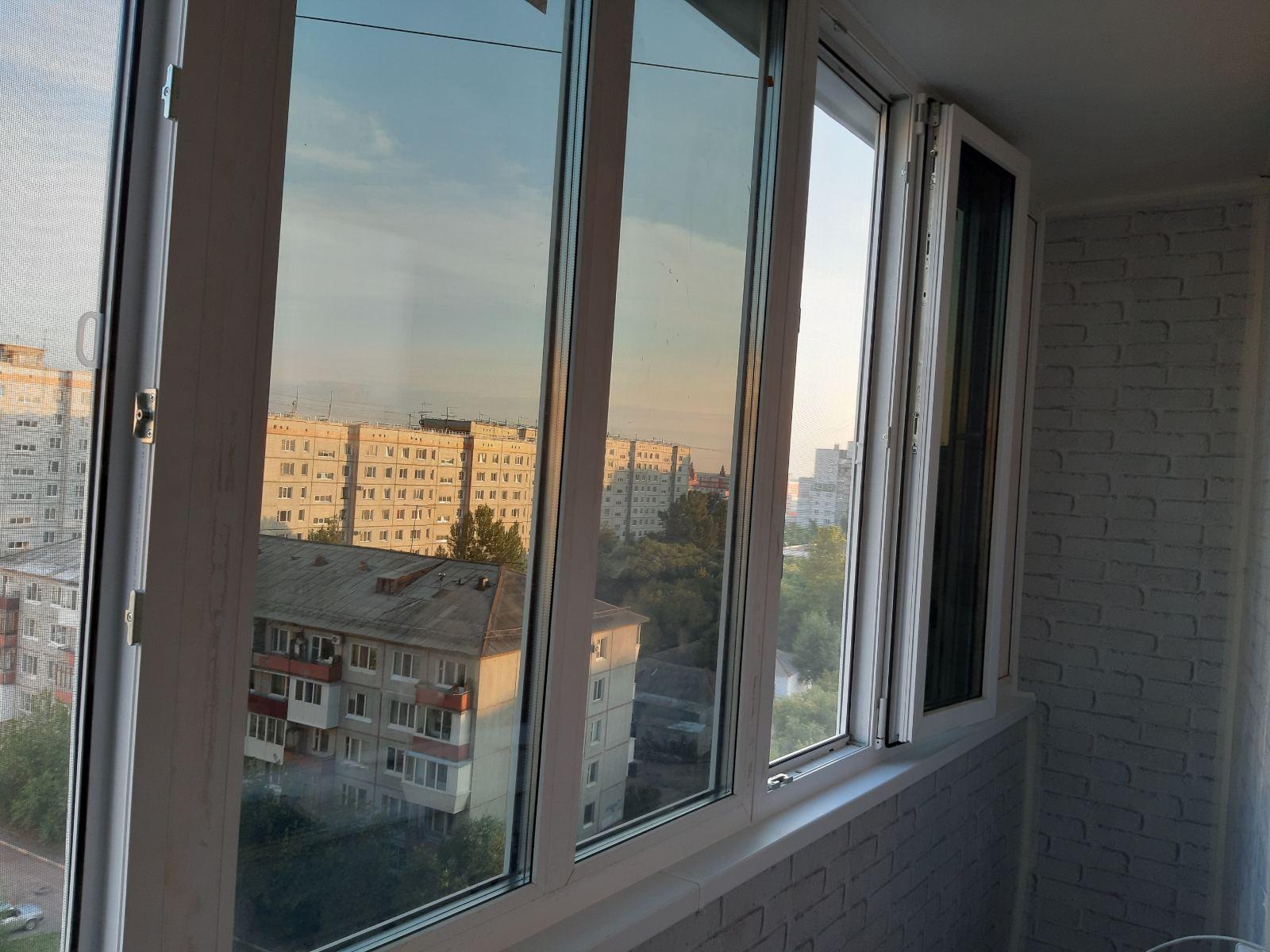 отделка балкона в омске